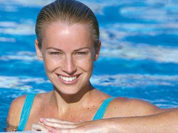 Femme piscine